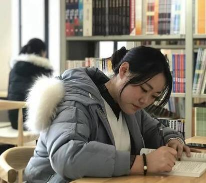 河南在校女大学生一年创收3600万元