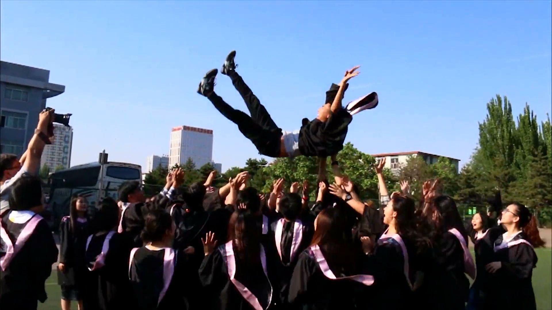 毕业工作一年了,你过得还好吗?