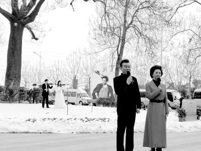 """原创微视频""""春光""""第二季《从张庄奔""""康""""庄》发布 央视""""名嘴""""张泽群再为家乡配音代言"""