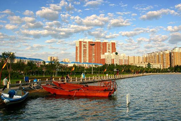 小城发展大缩影 照片演绎小城之春