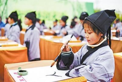 江苏快3今天推荐豹子:赏梨花春雨_品文化清明