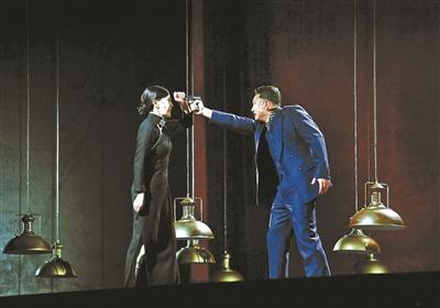 《特赦》首演 舞台再现施剑翘刺杀孙传芳