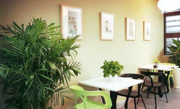 """新加坡金沙会娱乐城:共享艺术走红_""""0元限免""""把""""画廊""""开进办公区"""