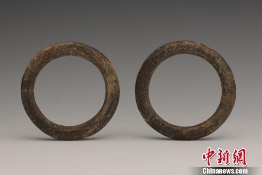 出土的陶环。陕西省考古研究院 供图