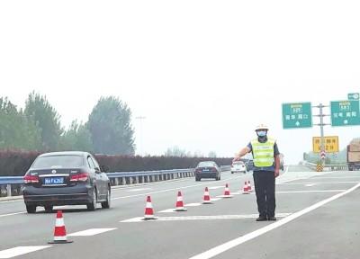 河南高速假期为何没出现大拥堵?