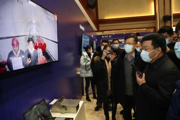 """河南首个""""5G+智慧煤矿""""建设落成!降低近一半人工成本"""