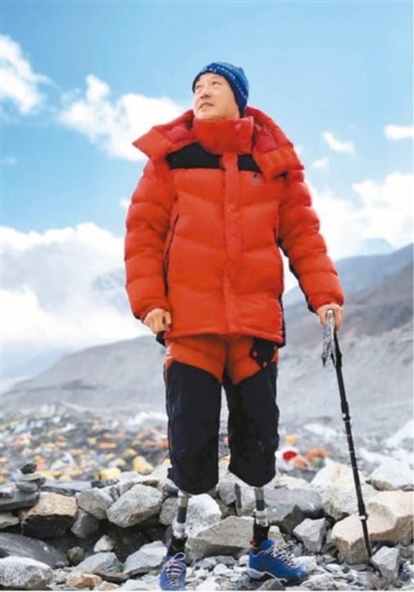 穿著假肢登上珠峰的夏伯渝:提前準備和等候著下一次考慮