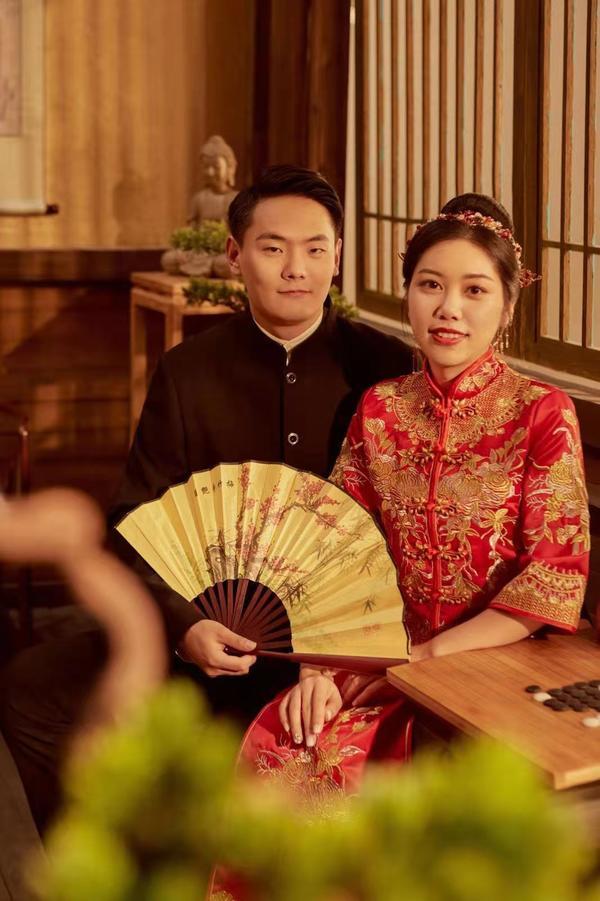 """""""这个情人节很特别!""""漯河这对新人,为何会推迟婚礼?"""