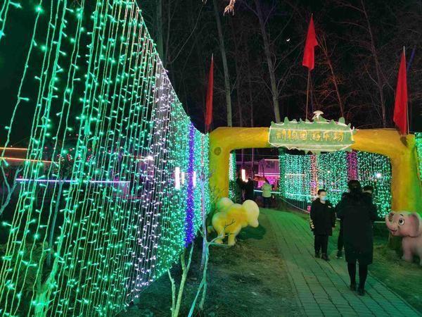 河南这个被央视报道的迎新春灯展热闹非凡,有啥亮点?