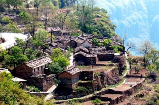 保护传统村落 传承民族文化