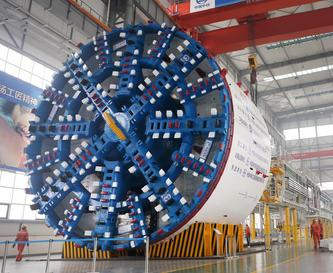 把握实现制造业高质量发展的关键环节